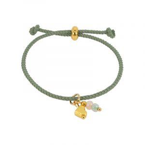 Armband koord groen hart en kraaltjes