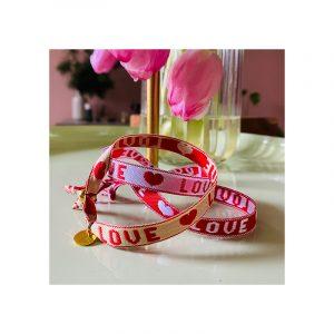 Love tekst met hartje armband lint