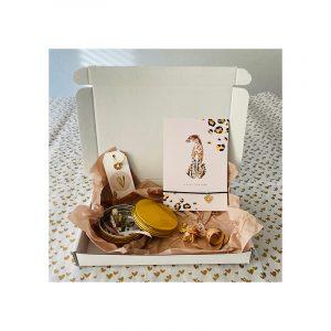 Giftbox chita armband, blikje bloemen, oorbellen